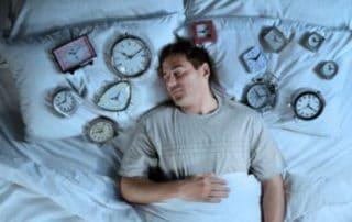 Dormir longtemps est ce un signe alarmant