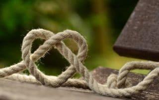 Rêver de cordes à noeuds
